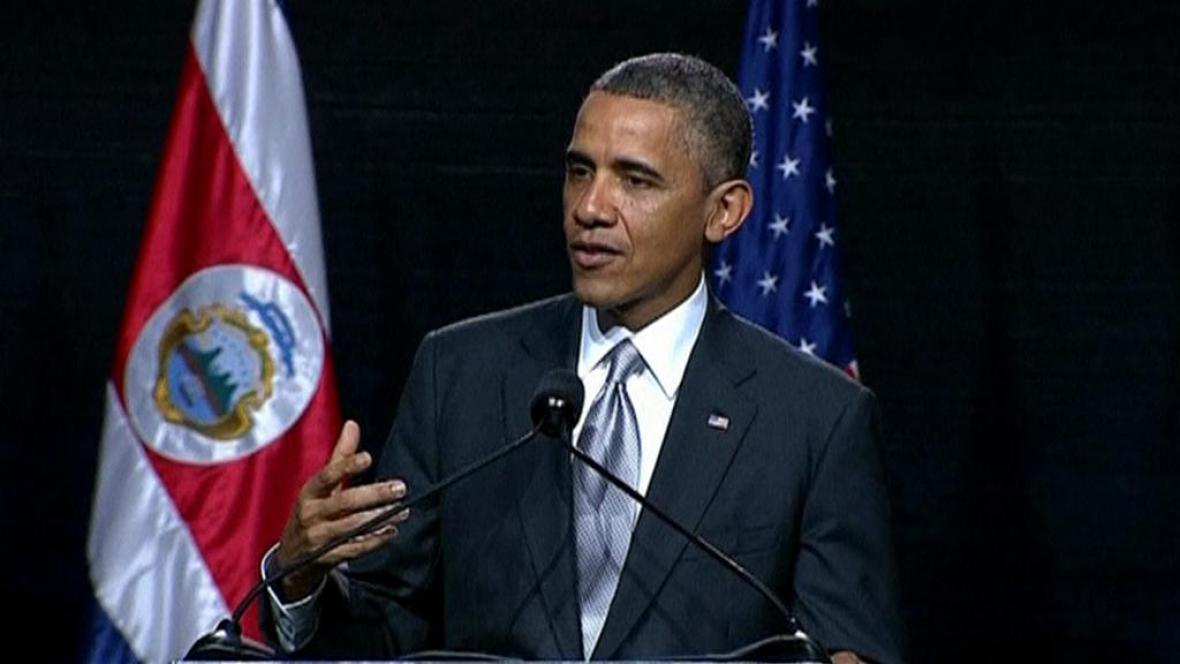 Barack Obama na tiskové konferenci při návštěvě Kostariky