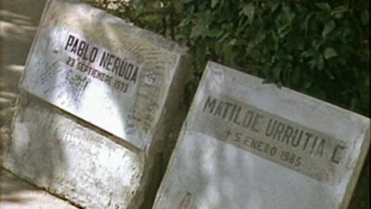 Náhrobní kámen Pabla Nerudy
