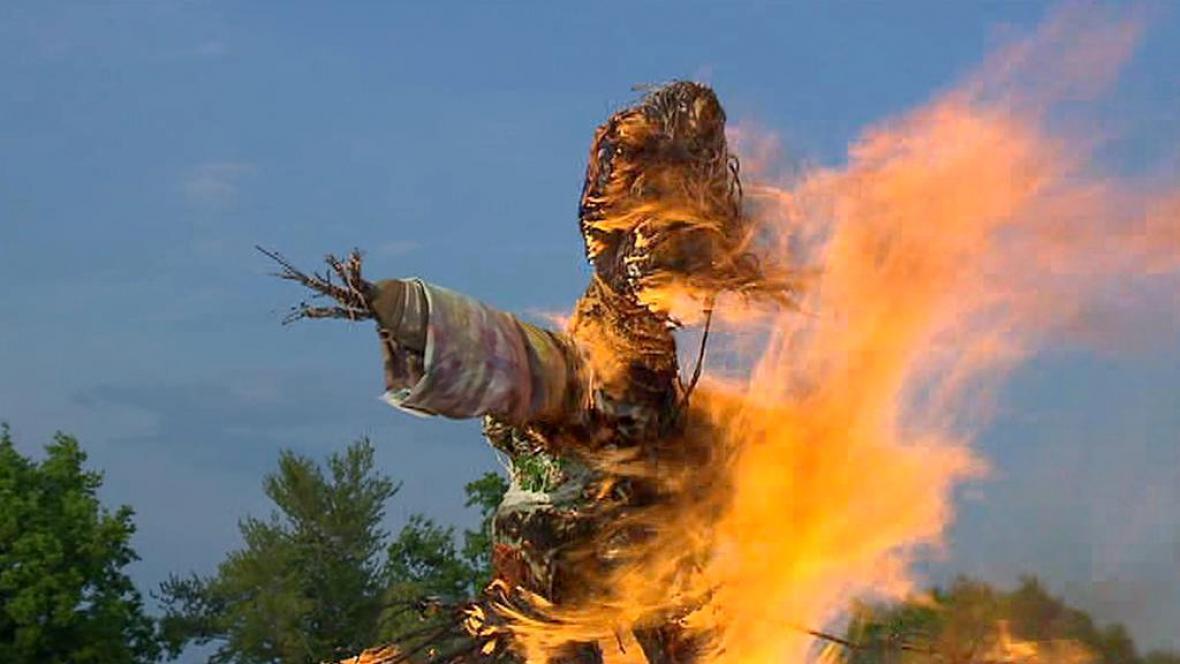 Čarodějnice v jednom ohni