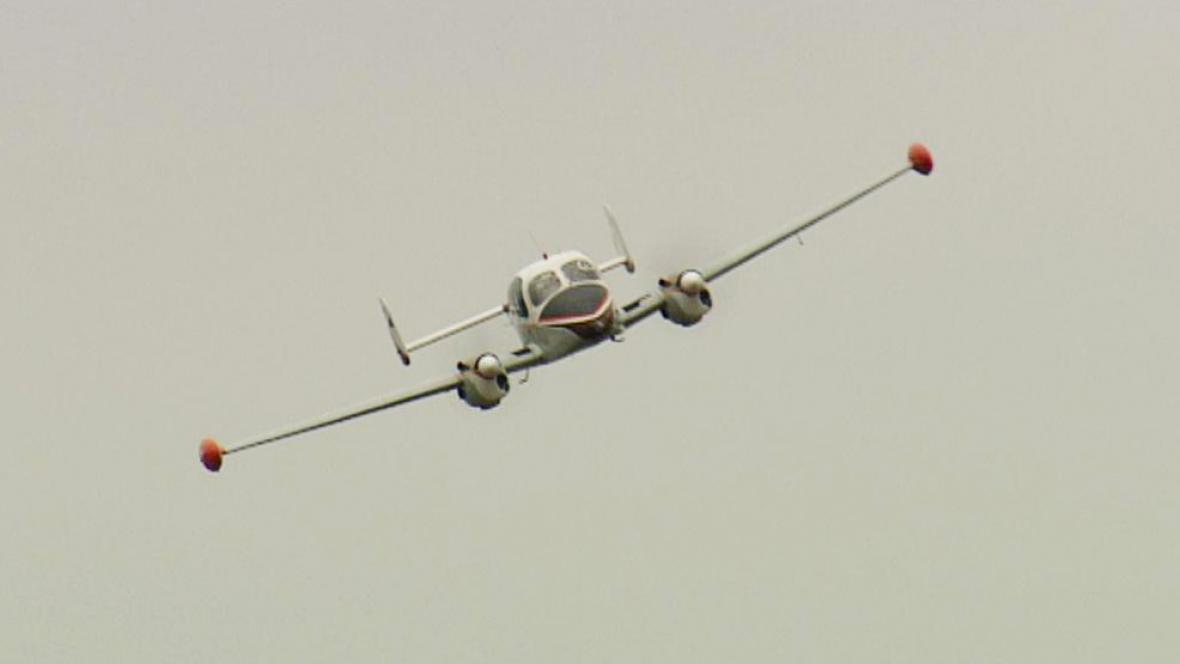 Letadlo monitoruje pražskou dopravu