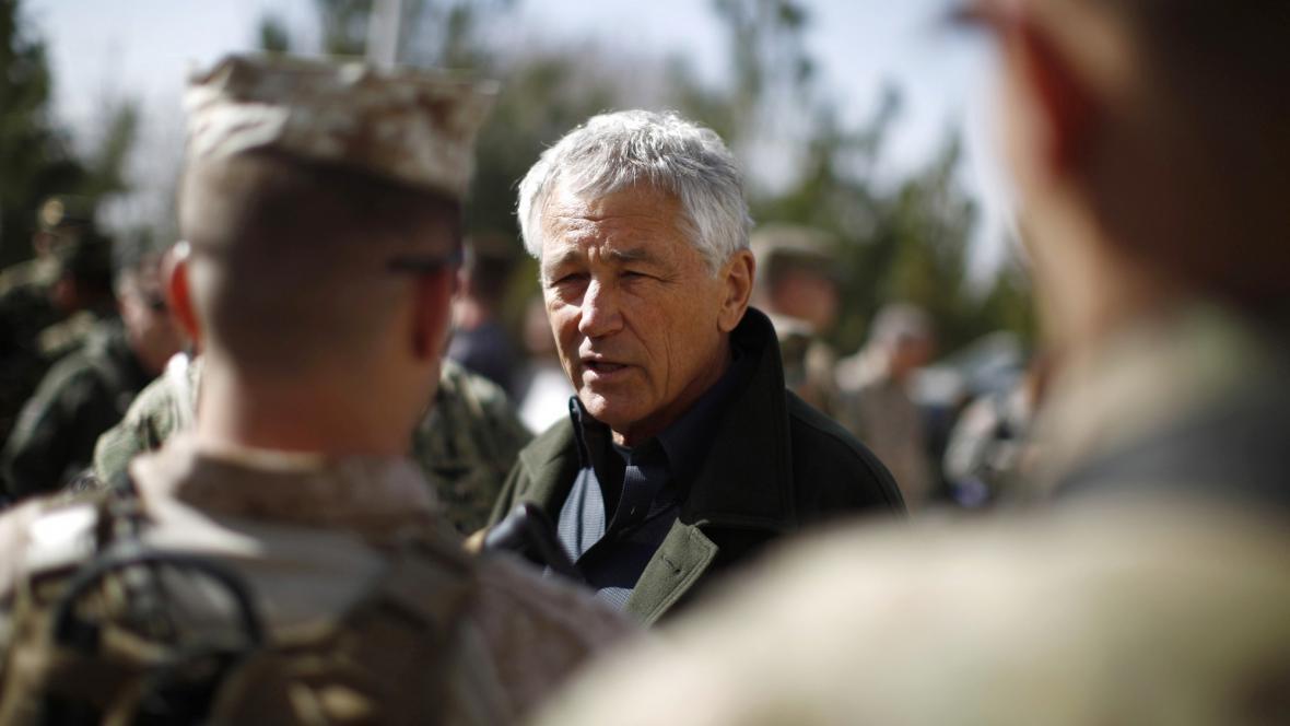 Chuck Hagel na návštěvě Afghánistánu