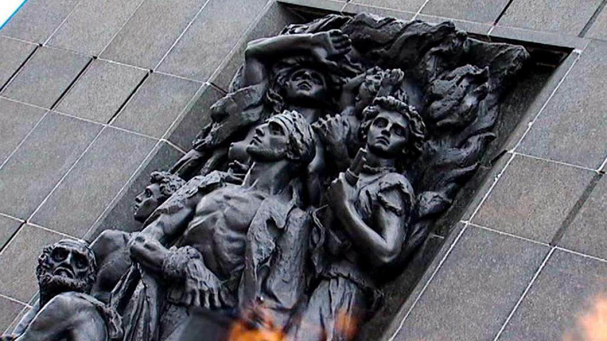 Památník hrdinů varšavského ghetta