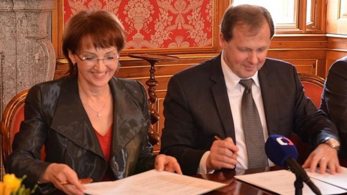 Podpis memoranda o spolupráci mezi ČT a ministerstvem kultury