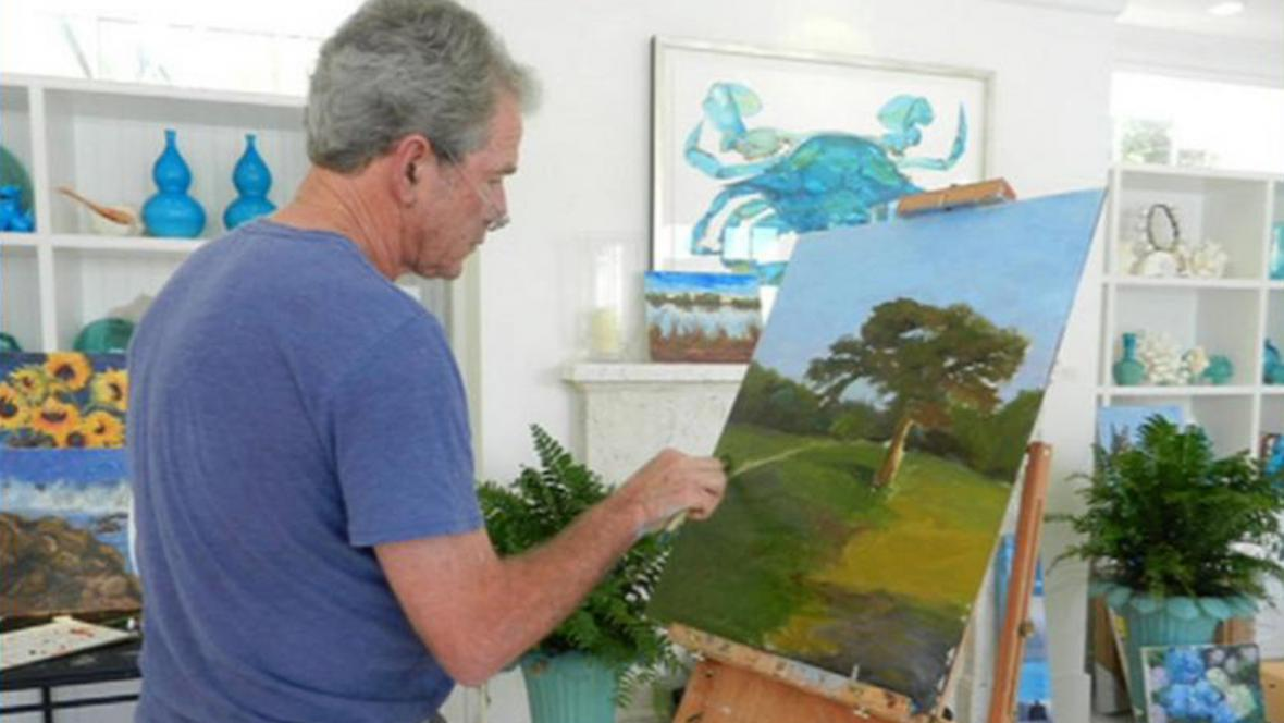 George Bush maluje