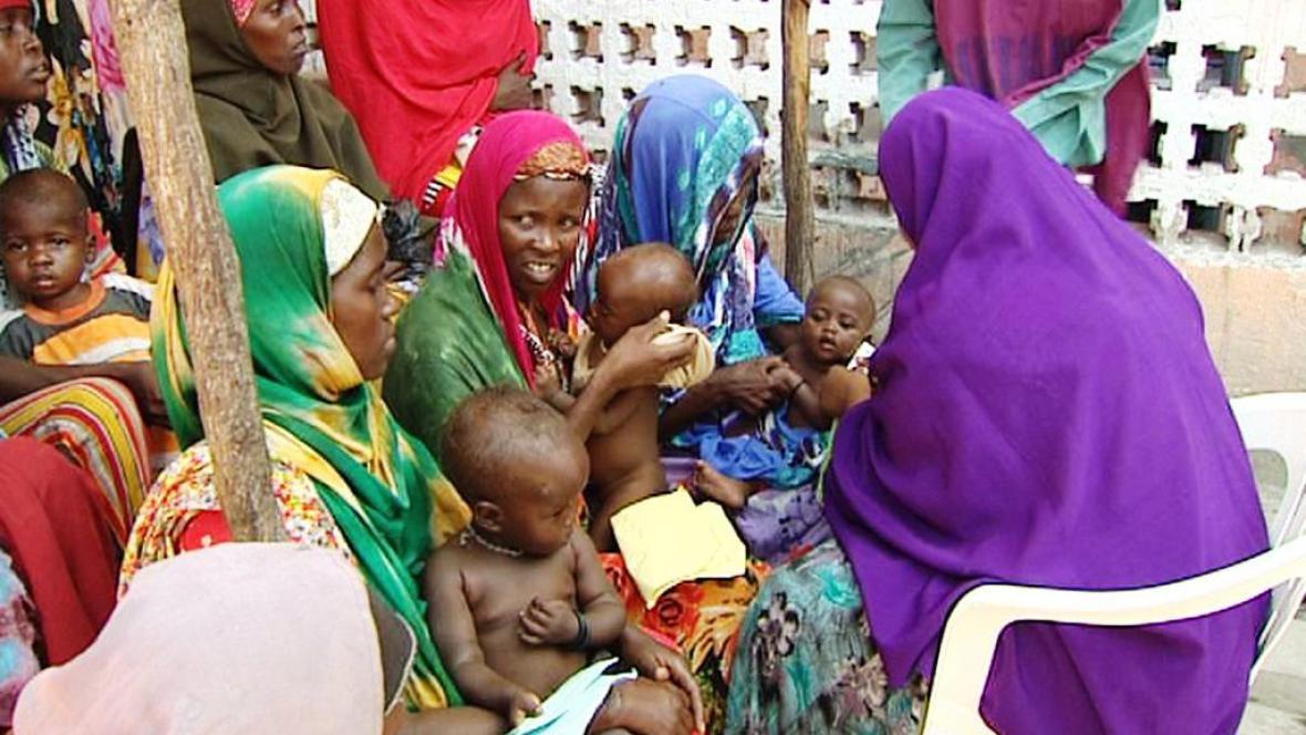 Somálské ženy s dětmi