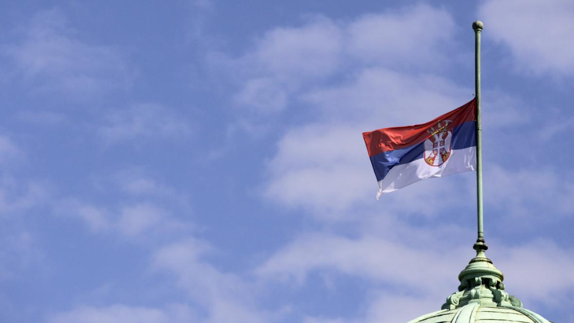 Srbsko vyhlásilo den smutku