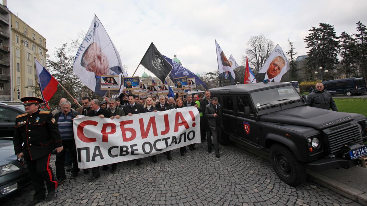 Demonstrace za Srbsko v Bělehradě