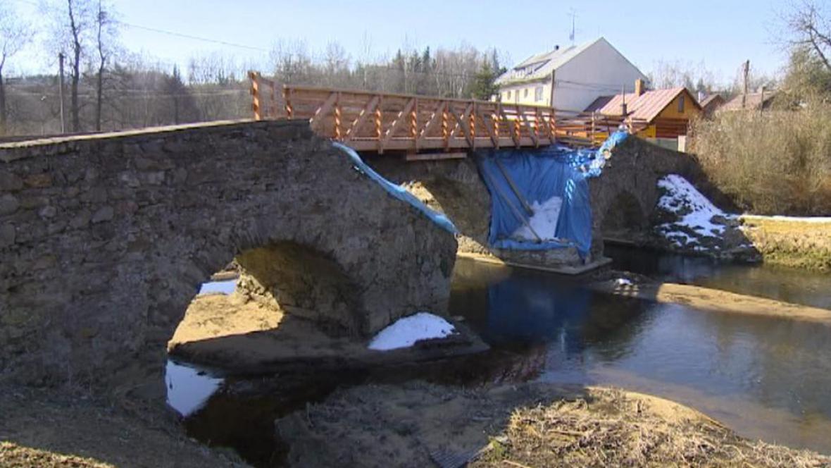 Historický most v Ronově nad Sázavou