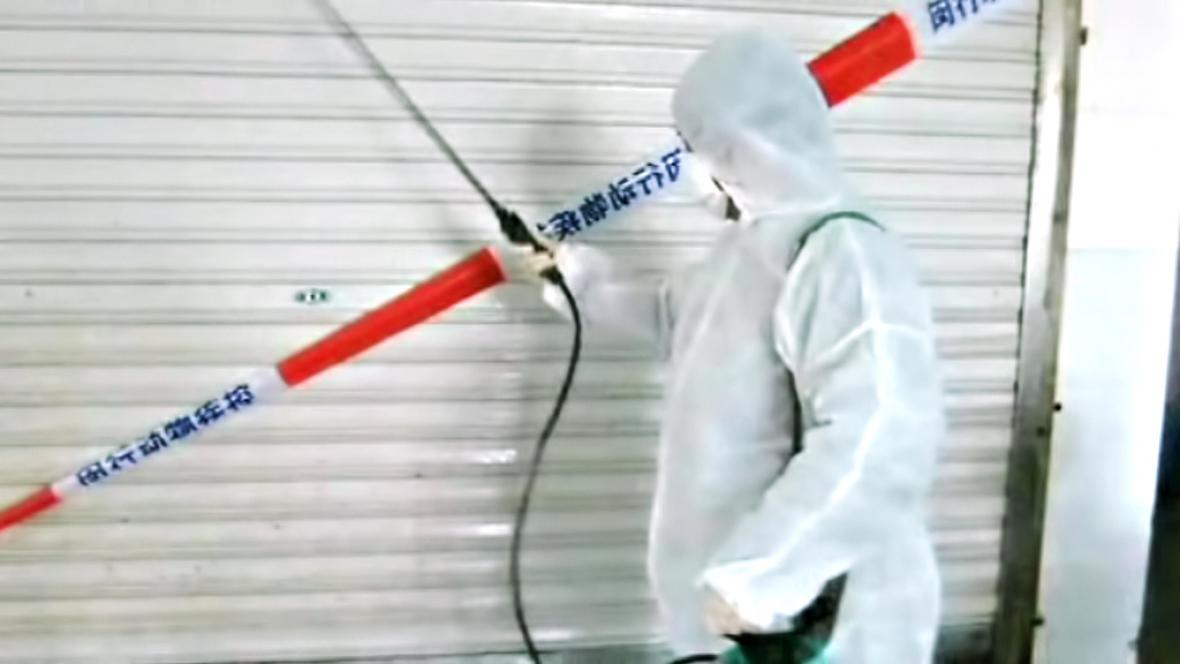 Dezinfekce v čínských tržnicích