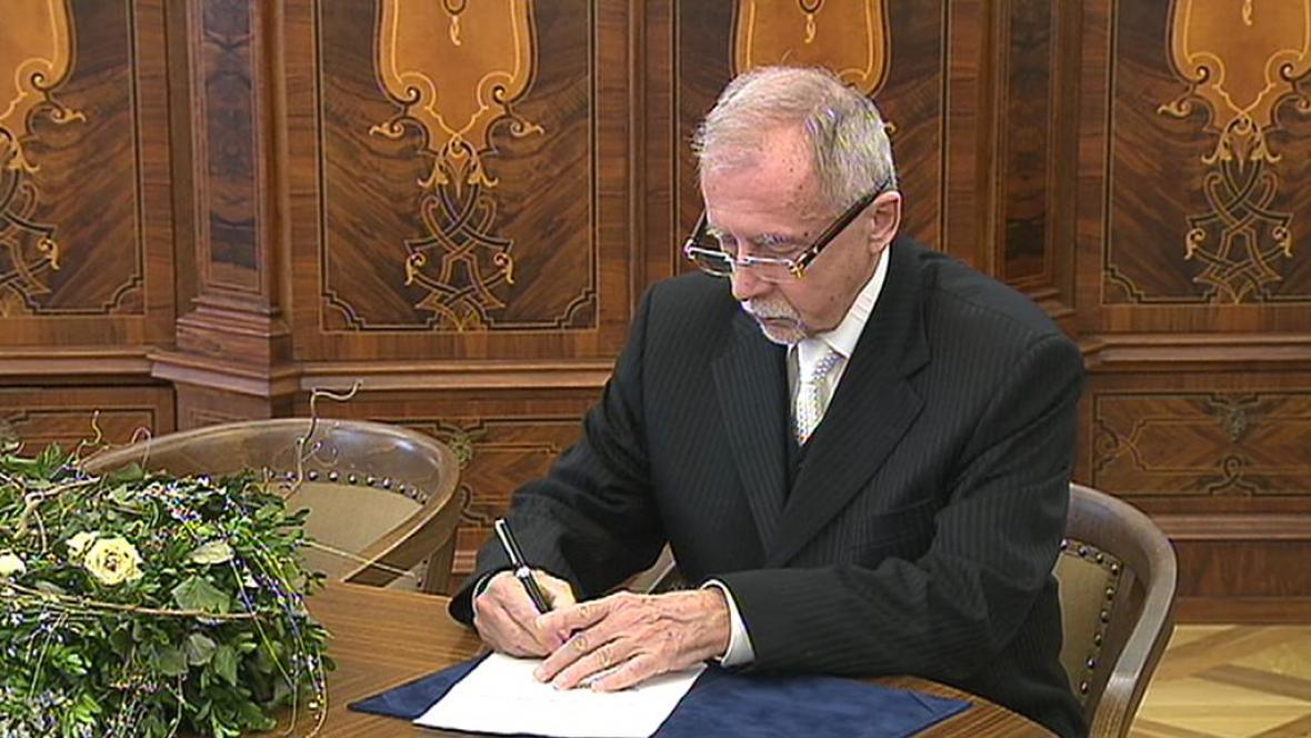 Stanislav Křeček se stal zástupcem ombudsmana