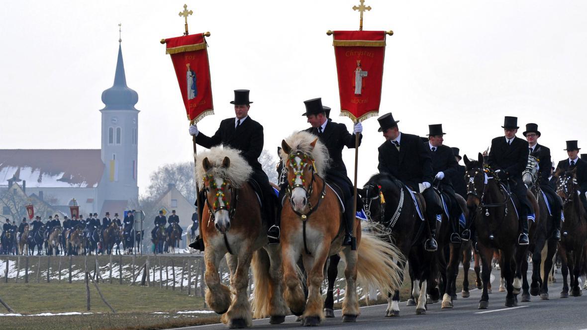 Lužičtí Srbové na velikonoční jízdě