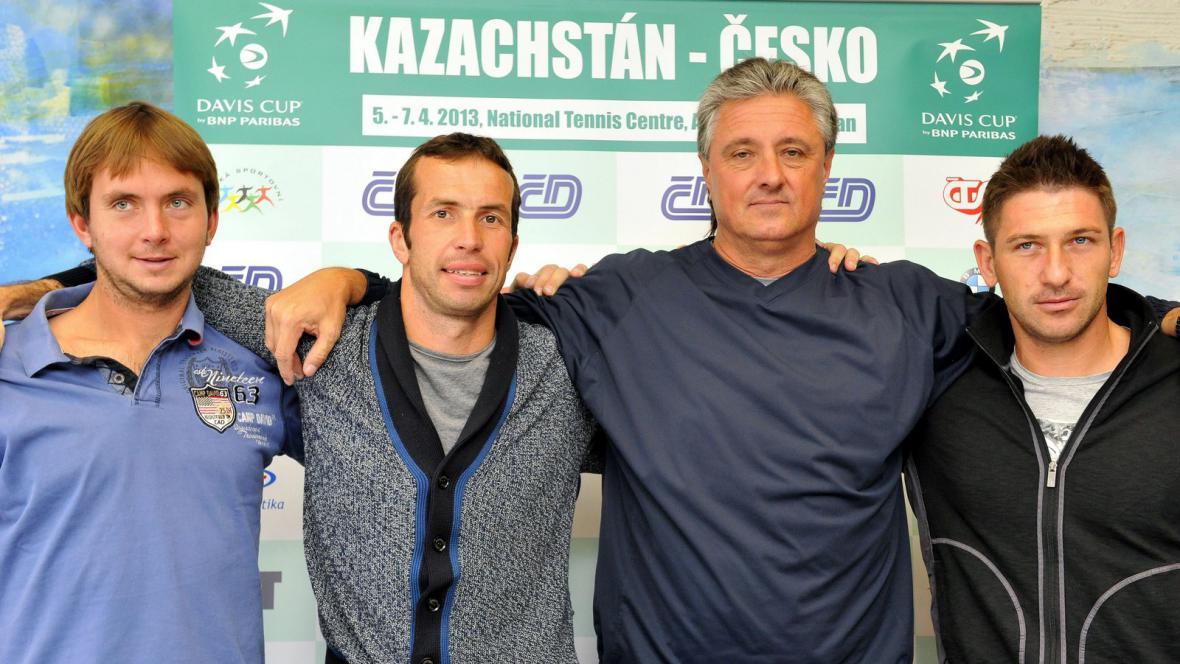 Daviscupový tým před zápasem s Kazachstánem