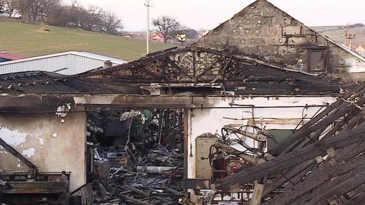 Požár v Kostelci u Hodonína