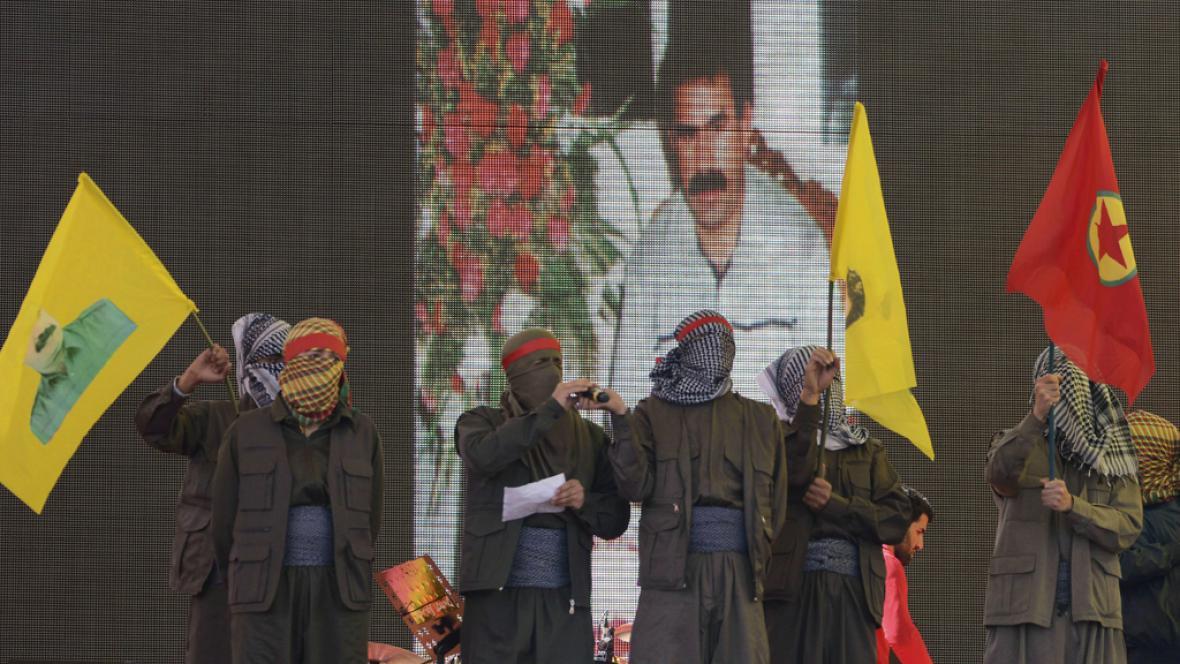 Öcalanovi příznivci v Diyarbakiru