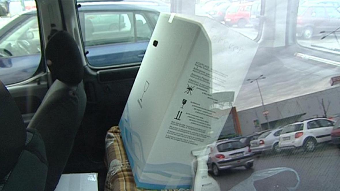 Nákup v autě