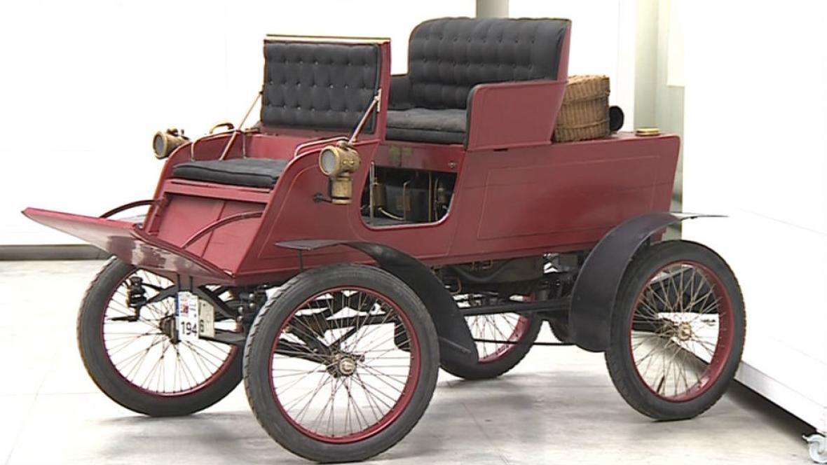 Locomobile Touring Model B 1902