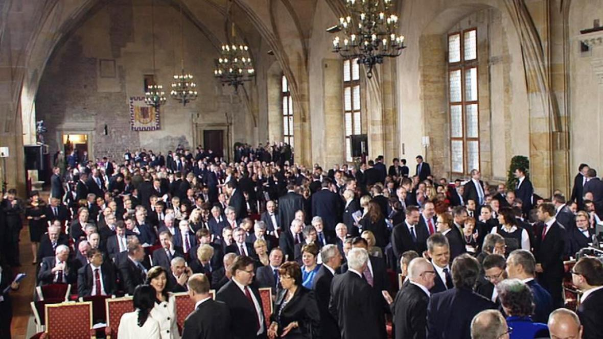 Vladislavský sál se plní před inaugurací