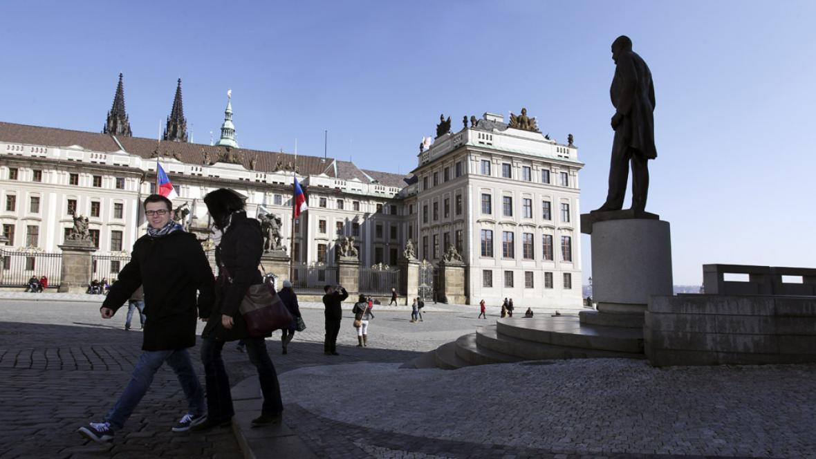 Hradčanské náměstí