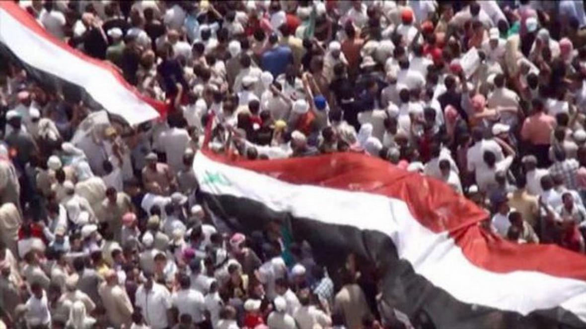 Boj o Sýrii, Hamá 82–11