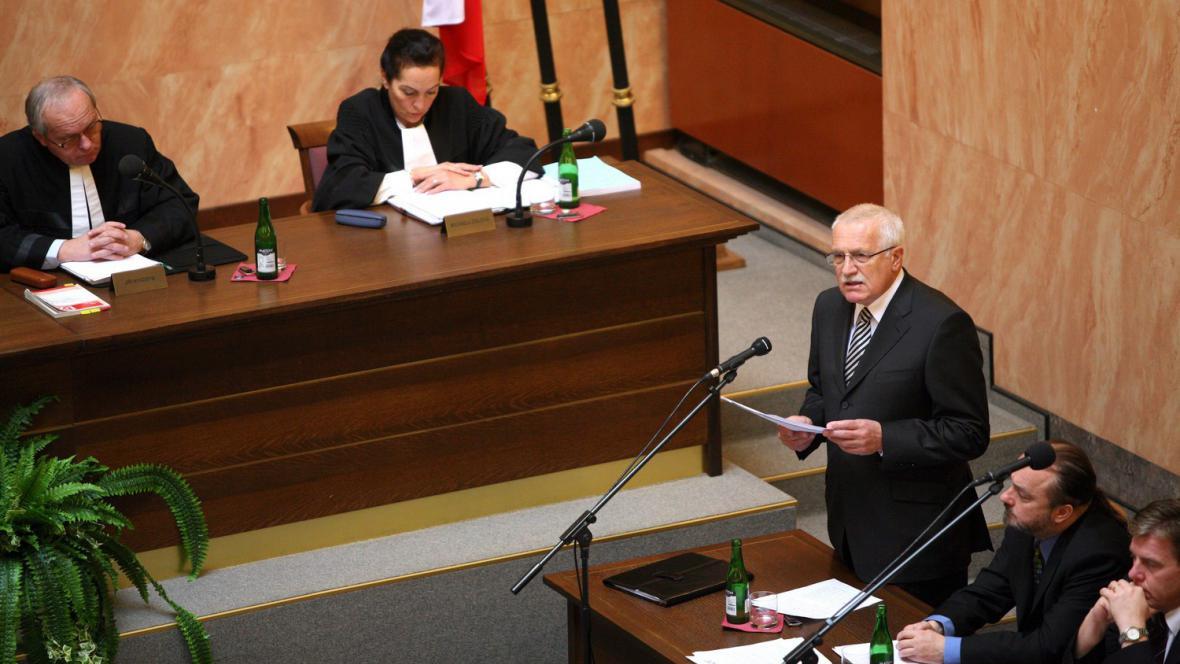 Klaus na jednání Ústavního soudu