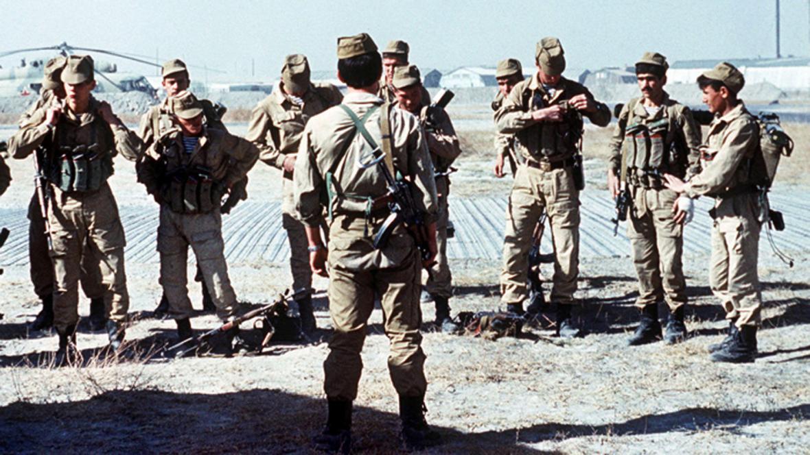 Sovětští vojáci v Afghánistánu