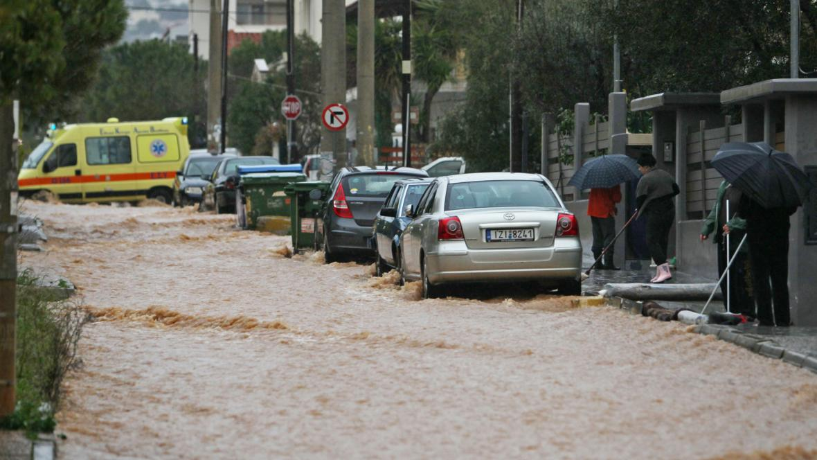 Záplavy v Aténách