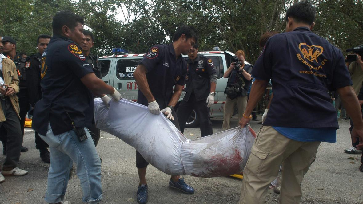 Přestřelka mezi thajskou armádou a povstalci