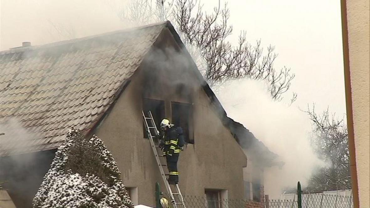 Dům zasažený požárem