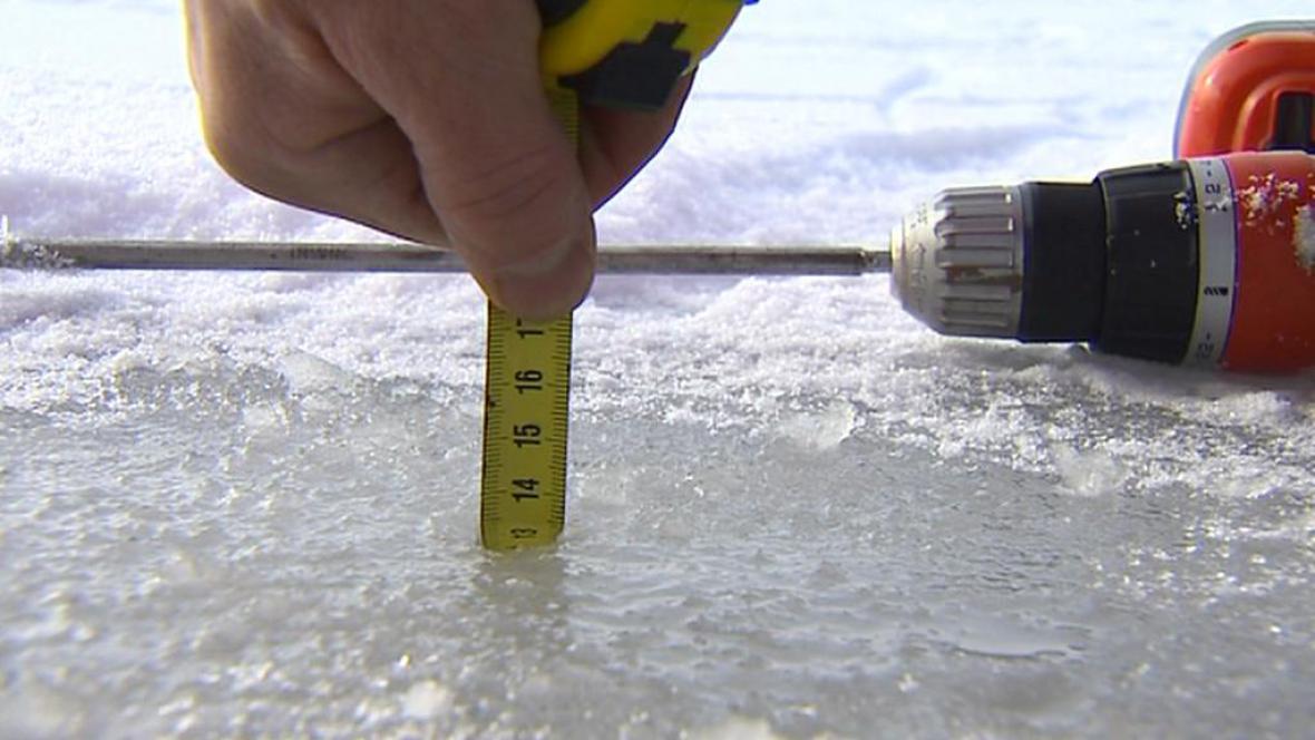 Měření tloušťky ledu