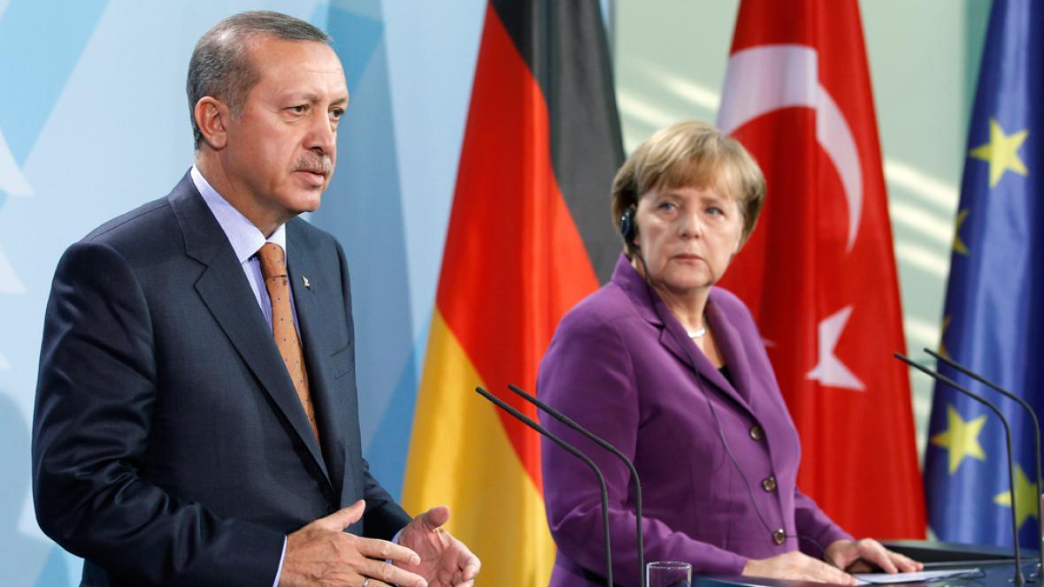 Recep Tayyip Erdogan a Angela Merkelová