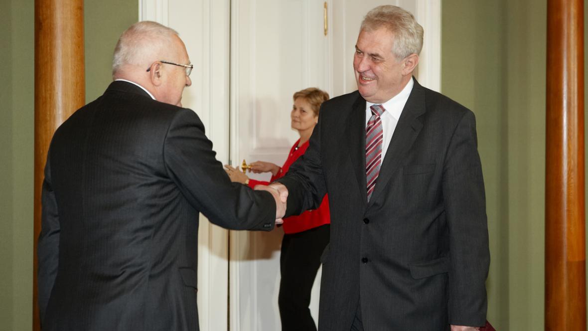 Václav Klaus se sešel s Milošem Zemanem na Pražském hradě (2010)