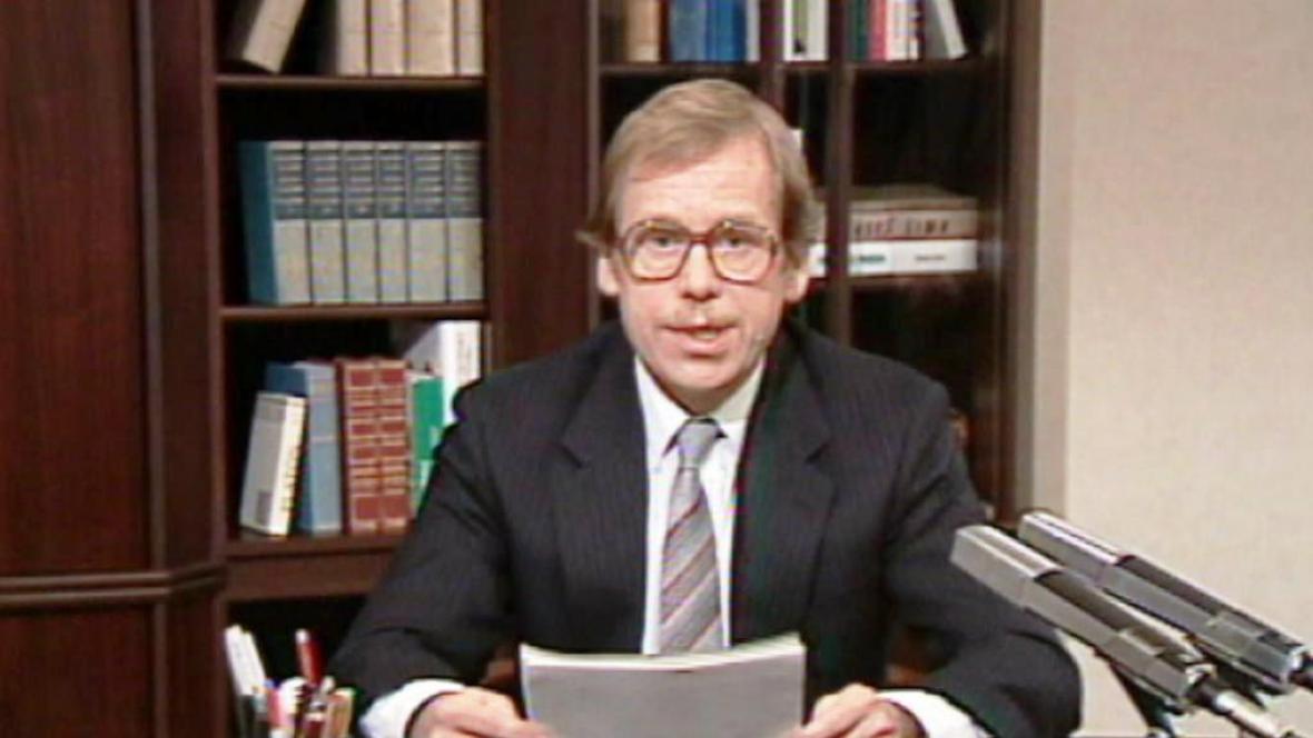 Václav Havel při novoročním projevu v roce 1990
