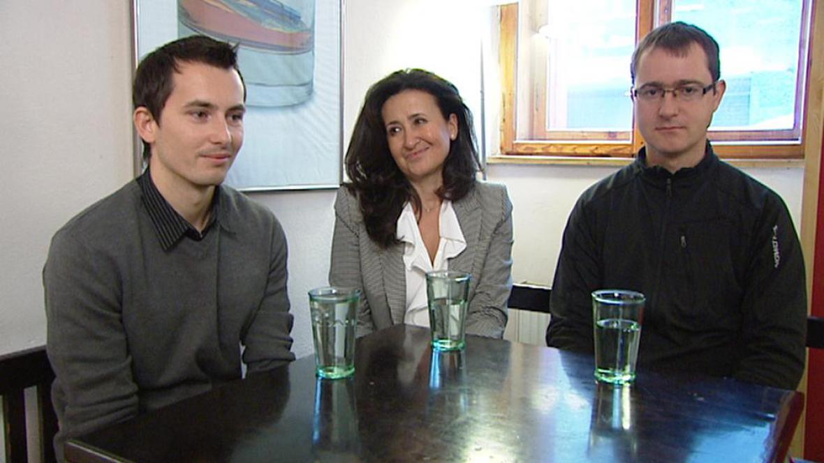 Martin Pezlar a Ivan Buchta s právničkou