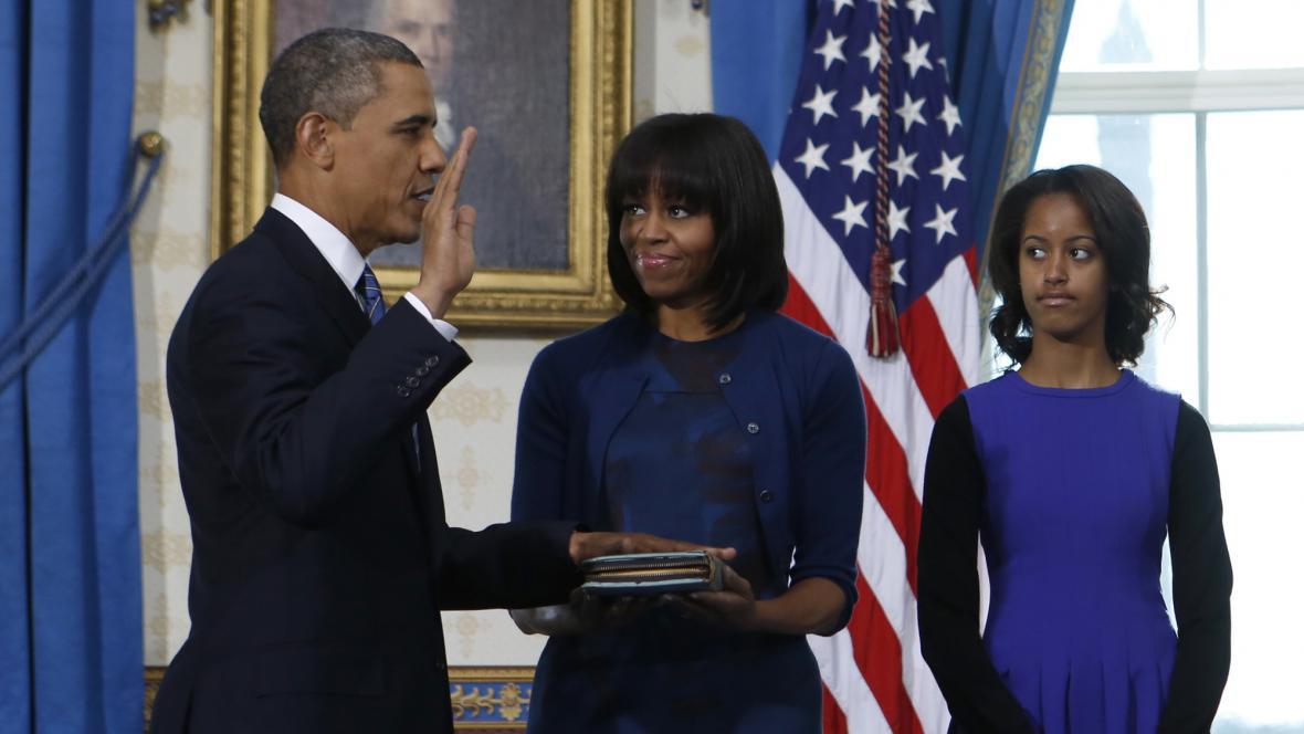 Barack Obama skládá svůj druhý prezidentský slib