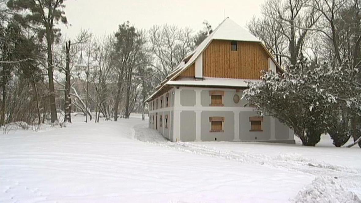 Zámecká sýpka zámku Raduň