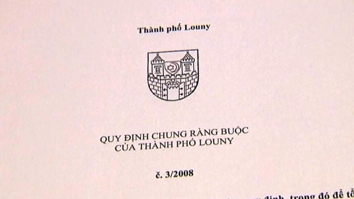 Vyhláška přeložená do vietnamštiny