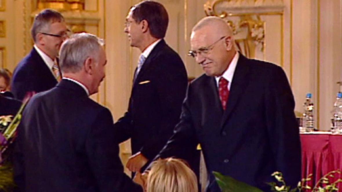 Klaus při svém zvolení prezidentem