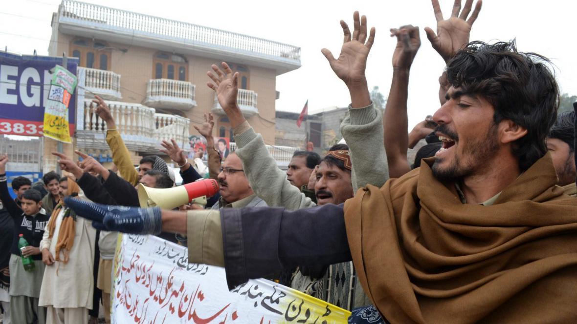 Protesty proti americkým náletům v Pákistánu