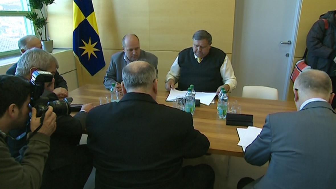 Staronový hejtman Mišák a jeho koaliční partneři