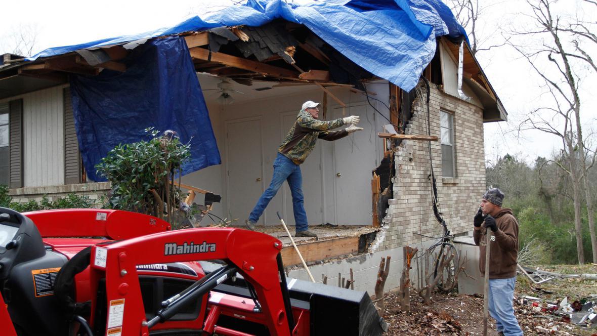 Následky bouře v Mississippi