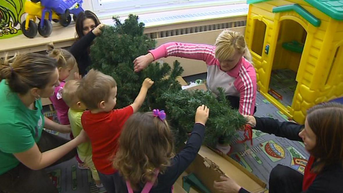 Odsouzené se s dětmi připravují na Vánoce
