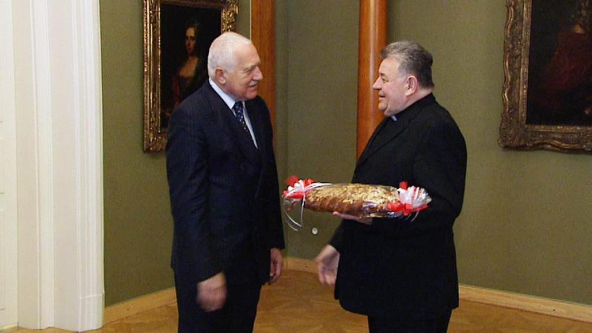 Předvánoční setkání Klause s Dukou