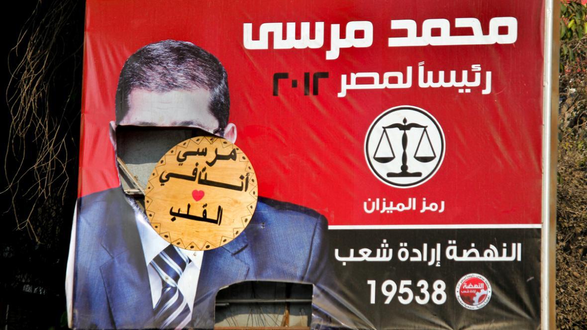 Egypťané rozhodují v referendu o nové ústavě