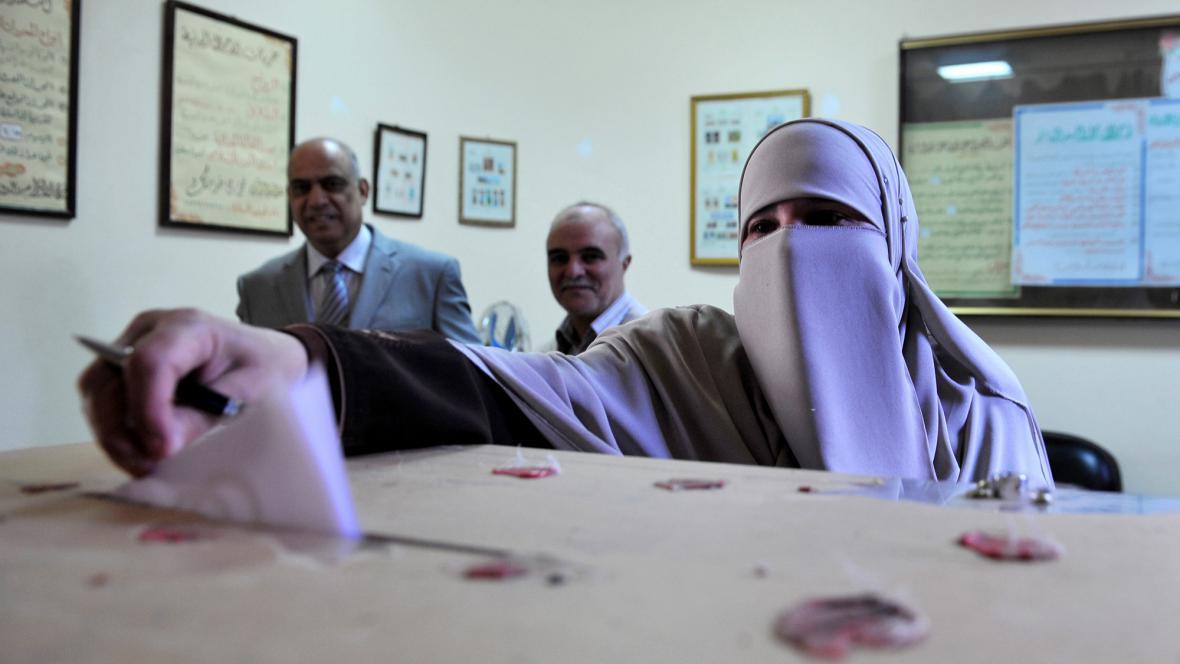 Egypťané v zahraničí hlasují v referendu