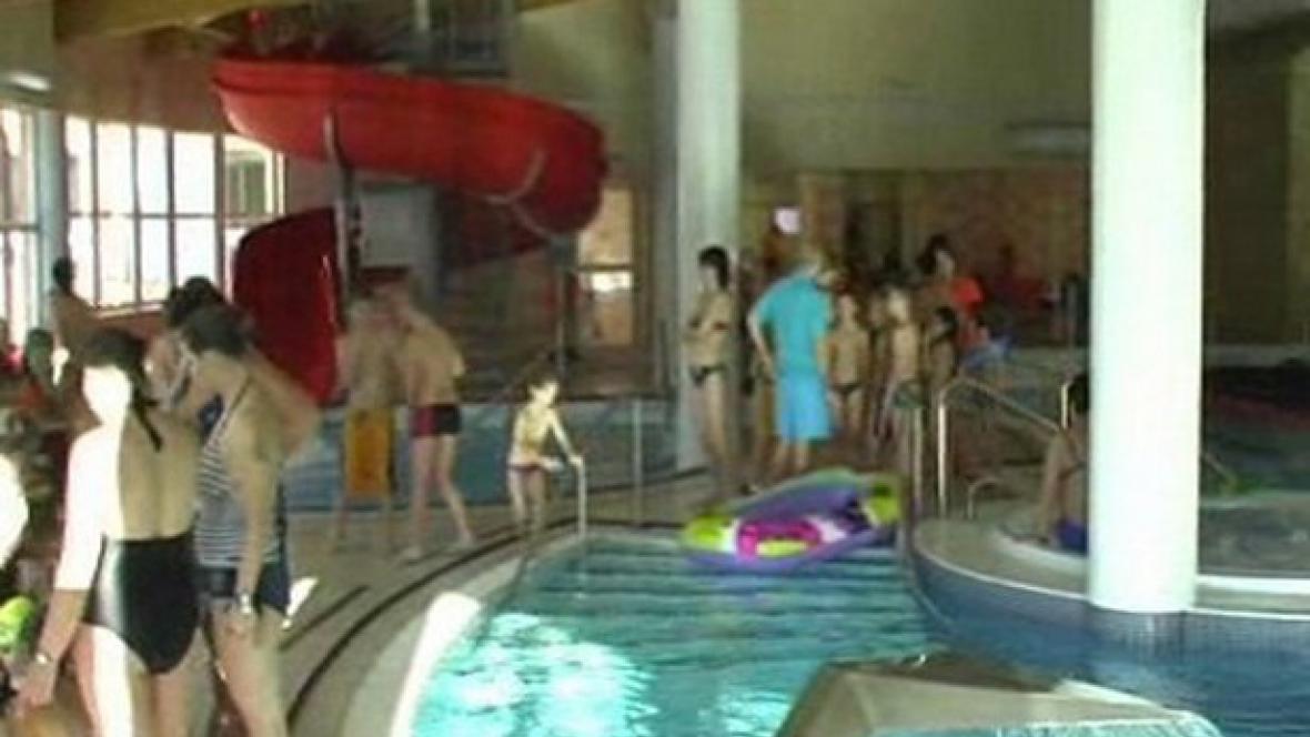 Mikulášská besídka v bazénu