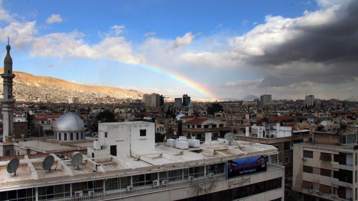 Dnešní duha i mračna nad Damaškem