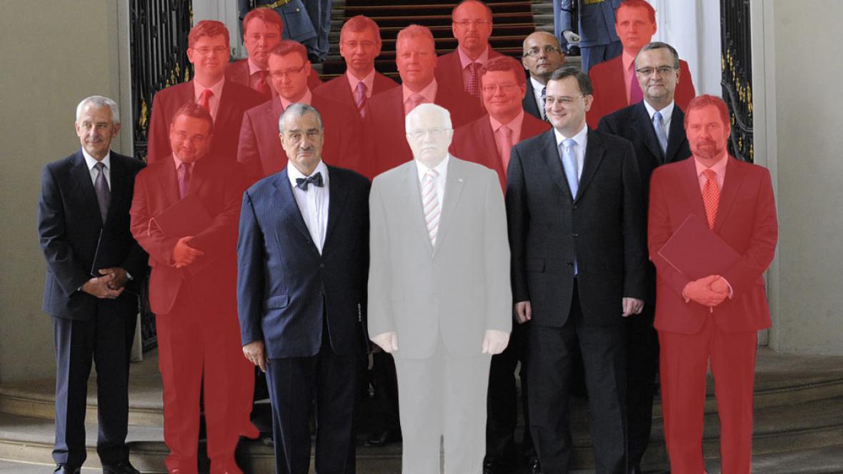 Z původní sestavy už mnoho ministrů nezbylo