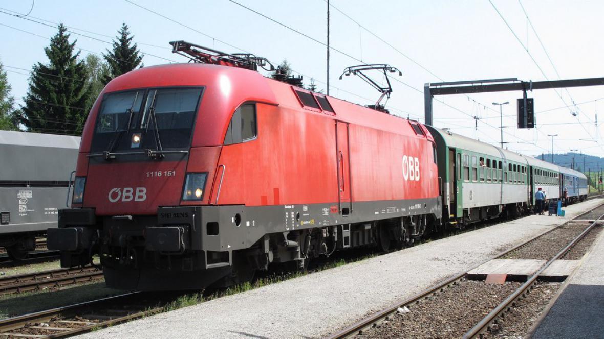 Mezistátní vlak