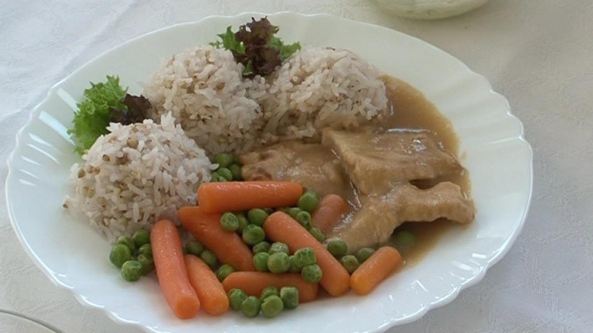 Jedno z finálových hlavních jídel