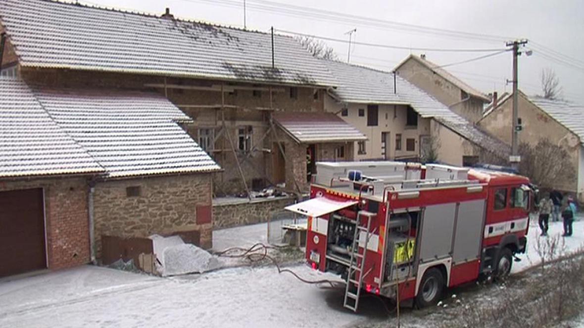 Dům, ve kterém hasiči našli munici